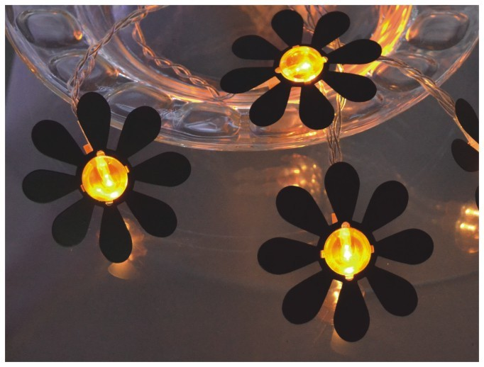 manufactured in China  FY-009-A194 LED cheap christmas LIGHT CHAIN WITH STEEL FLOWER  company